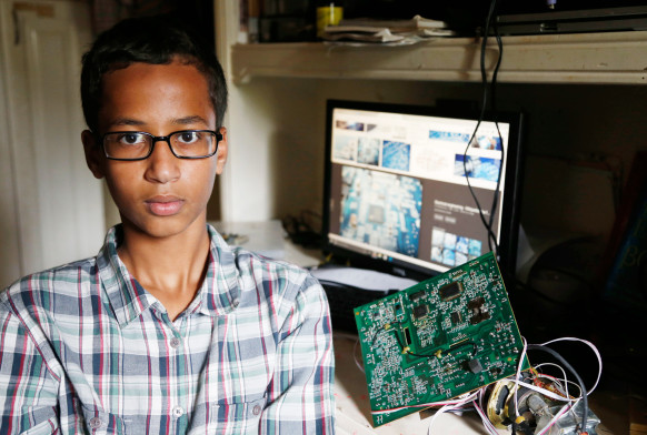 ahmed-mohamed-featured-582x392 (1)